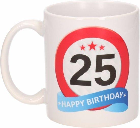 bol   verjaardag 25 jaar verkeersbord mok / beker, shoppartners