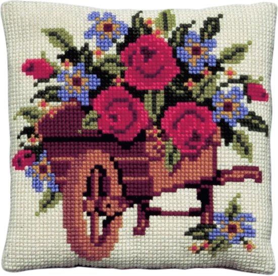 kruissteekkussen 003.158 kruiwagen met bloemen
