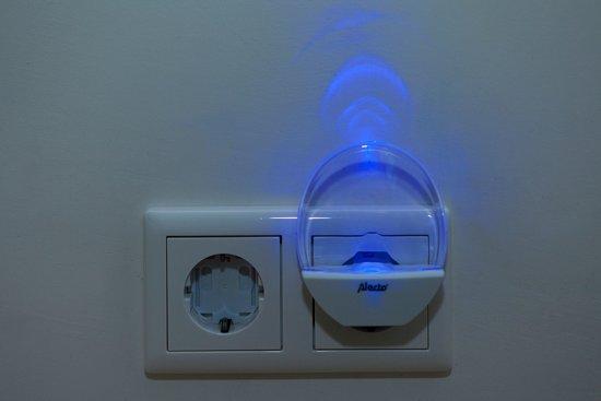 Alecto ANV-18 Nachtlampje | Energiezuinige LED verlichting | Wit / Blauw