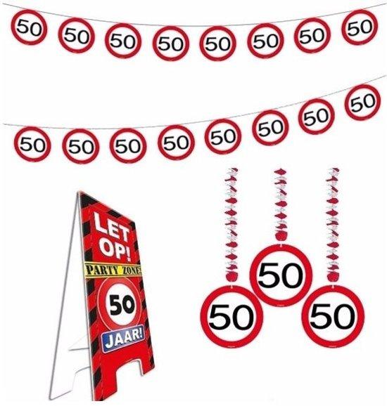 versiering 50 jaar bol.| 50 jaar verkeersbord versiering set extra   50ste  versiering 50 jaar