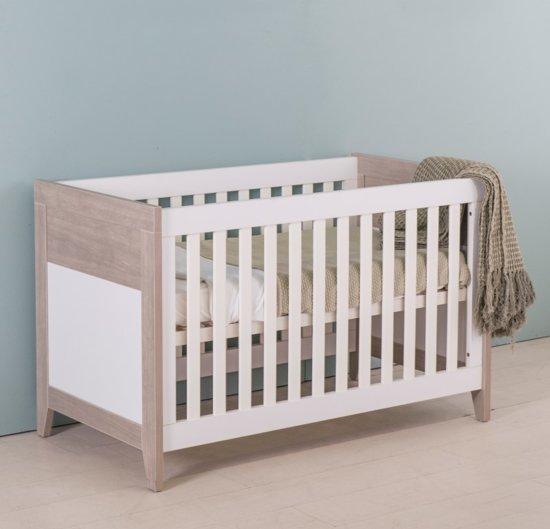 Bebies First - Babykamer Boston - 3-delige - Ledikant - Commode - Kledingkast – Wit - Grijs