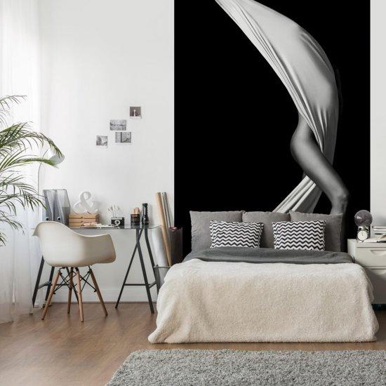 bol | fotobehang erotiek - 144x260 cm - eenvoudig aan te brengen