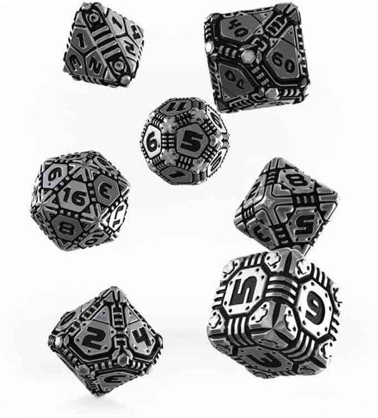 Afbeelding van het spel Chessex Polydice Set Q-Workshop Metal Tech Dice