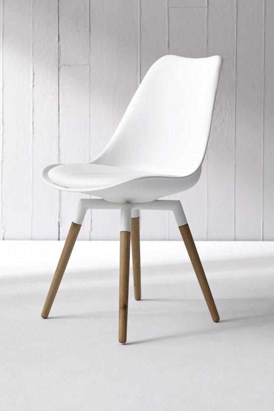 Kivik eetkamerstoel wit leva design for Witte leren stoelen