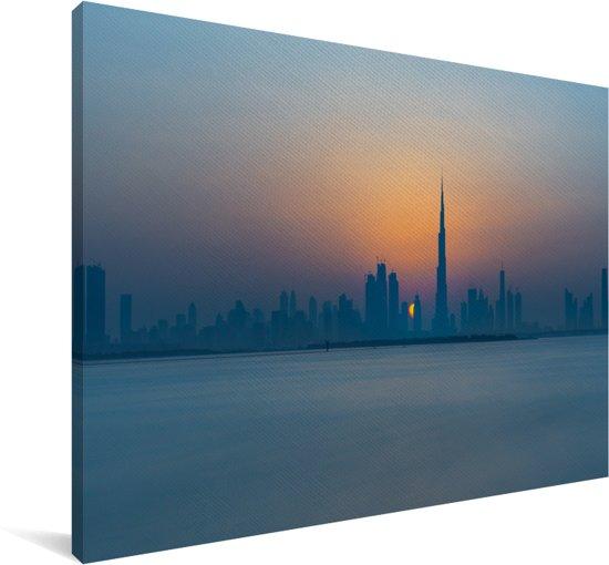 Skyline van Dubai en de Burj Khalifa Canvas 90x60 cm - Foto print op Canvas schilderij (Wanddecoratie woonkamer / slaapkamer)