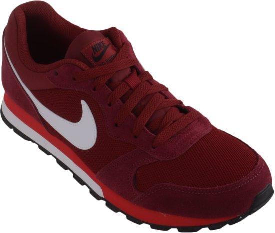 7a07e9bda95 bol.com | Nike MD Runner 2 Sportschoenen - Maat 45 - Mannen - rood/wit