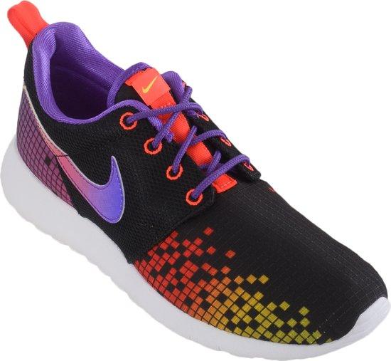 on sale a09eb bf5e7 Nike Roshe One Print (GS) Sportschoenen - Maat 37.5 - Unisex - zwart