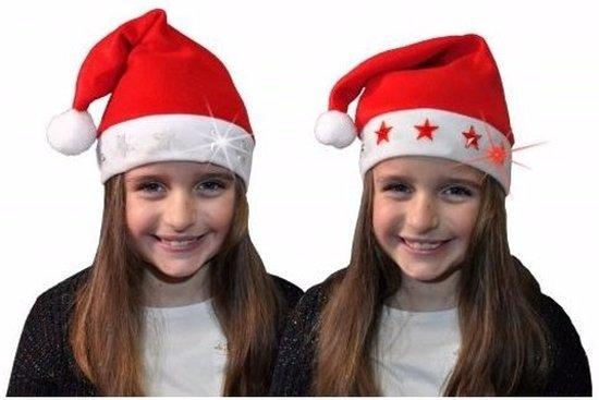 Kerstmuts Met Licht : Bol kerstmuts met rode sterren en lichtjes voor kinderen