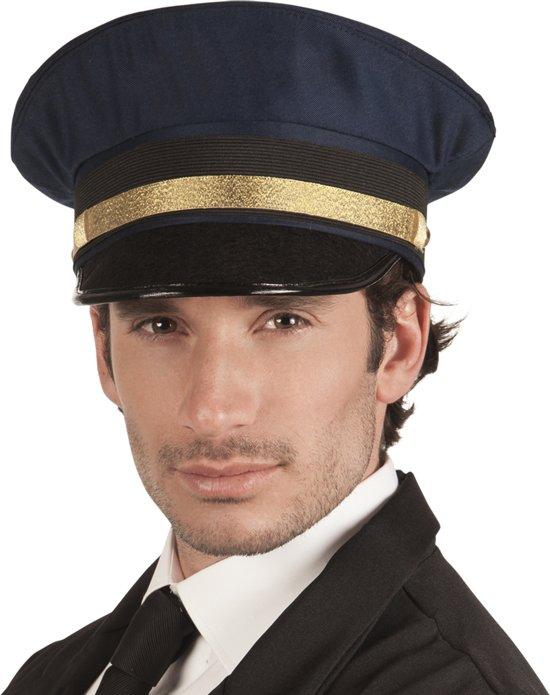 Piloten pet captain Charlie