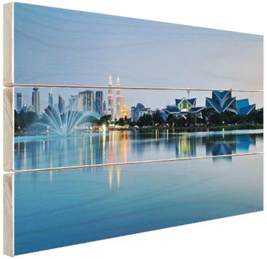 Weerspiegeling Kuala Lumpur Hout 80x60 cm - Foto print op Hout (Wanddecoratie)