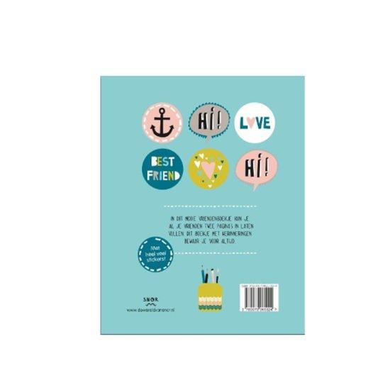 vriendenboekje met vragen Esther van de Paal, Babyccino Kids met illustraties van Julie Marabelle, Bol.com, mamalifestyleblog, mamalifestyle, mamablog, mamablogger