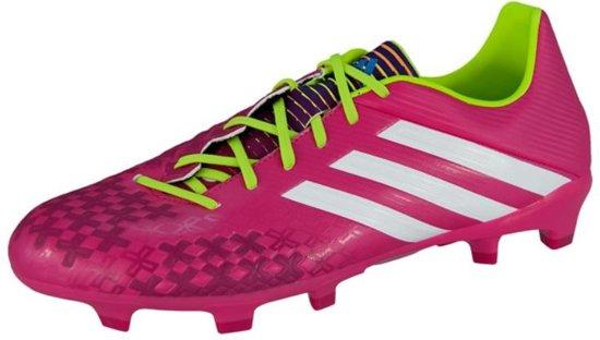 licht roze adidas voetbalschoenen