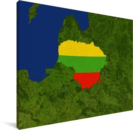 Satellietbeeld van Litouwen met de vlag van het land Canvas 80x60 cm - Foto print op Canvas schilderij (Wanddecoratie woonkamer / slaapkamer)
