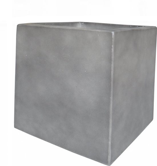 plantenbak-bloembak light cement, antracietkleur, winterhard en uv-werend. Vierkant 30x30x30 cm.Light cement wordt ook wel fiberclay of fiberstone genoemd.