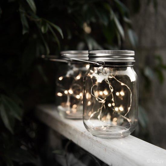 Gadgy Solar Jar Fairy Lights – 3 Glazen potten met LED verlichting – String met 20 warm witte LED wire lights – Tafellamp op zonne energie met dag/nacht sensor voor zowel buiten als binnen - Solar en USB oplaadbaar – incl. USB kabel – RVS deksel -