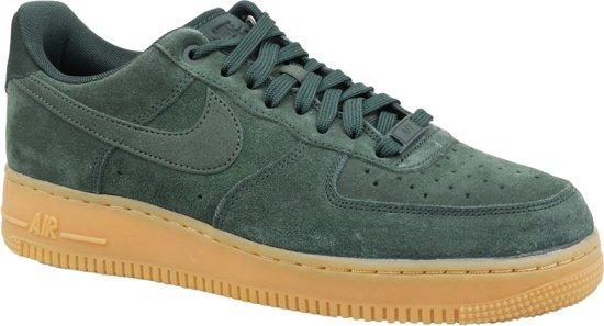 super cute c629a d9fd9 Nike Air Force 1 07 LV8 Sneakers - Maat 42 - Mannen - groen