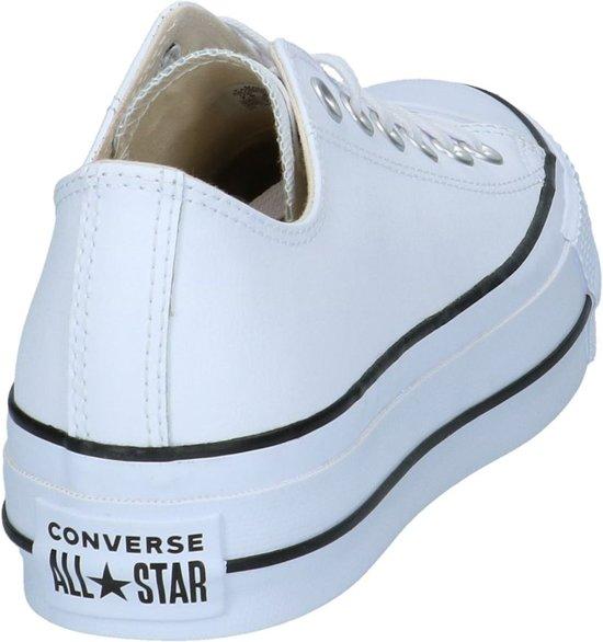 aeaaf9eb29c bol.com | Witte Lage Geklede Sneakers Converse Chuck Taylor All Stars