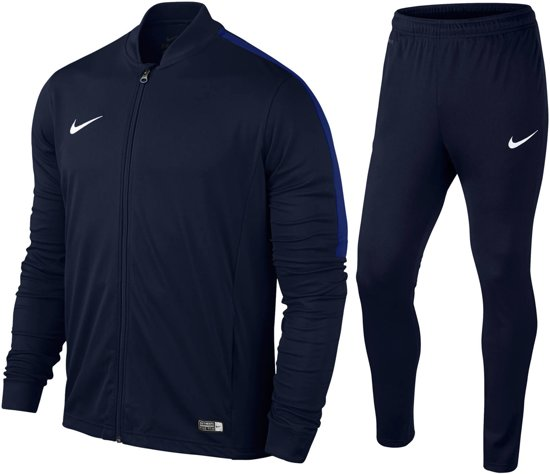 nike trainingspak maat 152