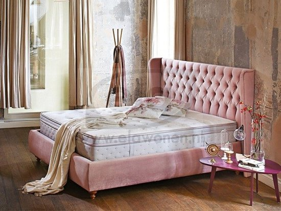 Boxspring met opbergruimte awesome romantovich exclusive roomy bed