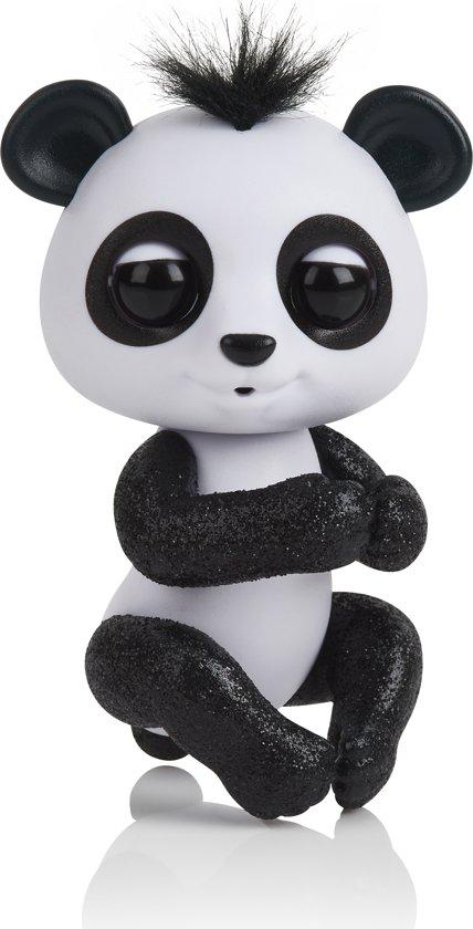 Fingerlings Baby Panda Drew