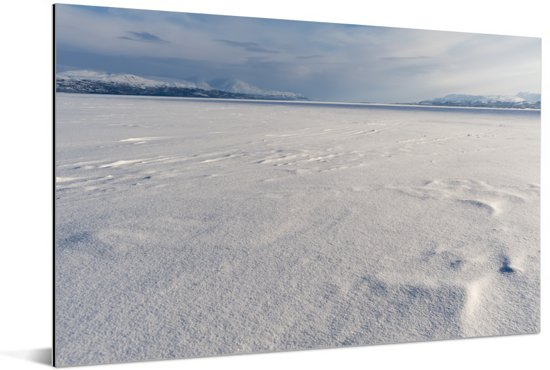 Het bevroren meer Torneträsk in het Nationaal park Abisko Aluminium 30x20 cm - klein - Foto print op Aluminium (metaal wanddecoratie)