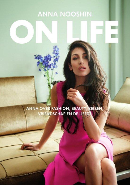 Boek cover On life van Anna Nooshin (Onbekend)