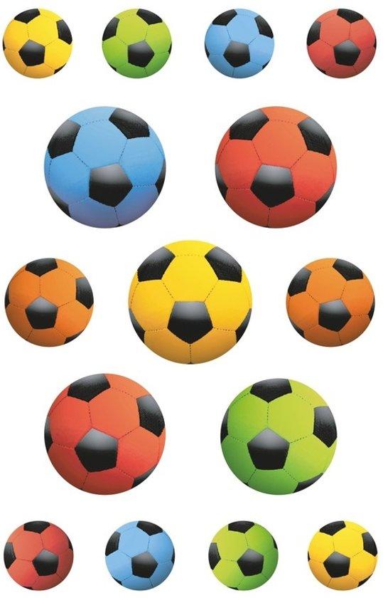 45x Gekleurde voetballen stickers - kinderstickers - stickervellen - knutselspullen