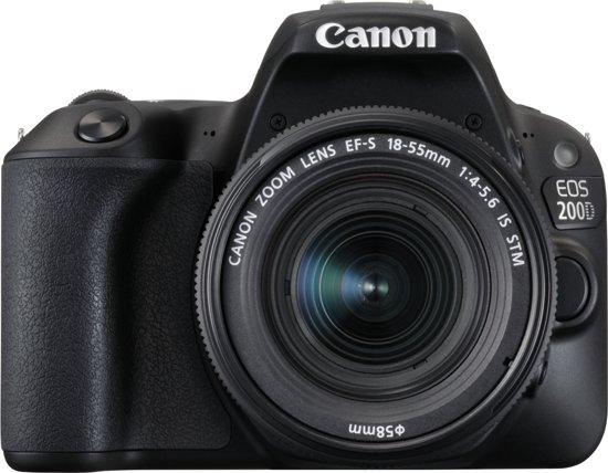 Canon EOS 200D + EF-S 18-55mm f/4-5.6 IS STM + EF 50mm f/1.8 STM
