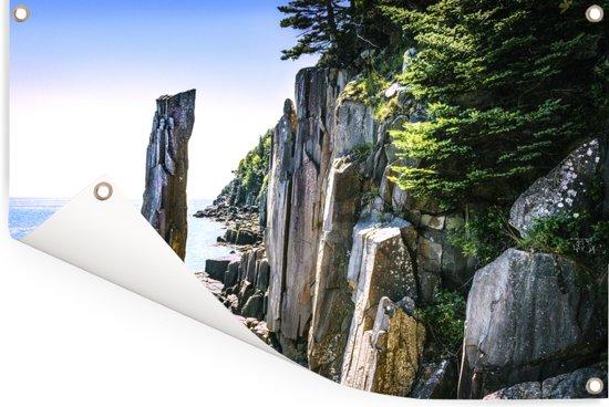 Schitterende rotskolom in de Fundybaai Tuinposter 60x40 cm - klein - Tuindoek / Buitencanvas / Schilderijen voor buiten (tuin decoratie)