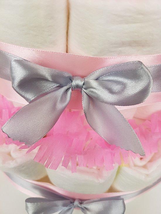 Luiertaart Nijntje meisje 2-laags roze | 19 A-merk Pampers | schattige sokjes | XL geboortekaart | ideaal voor babyshower, kraamcadeau en Baby cadeau