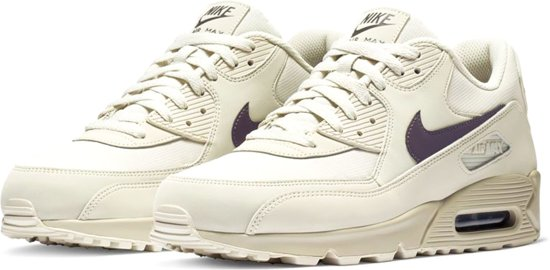 70519db1476 Nike Air Max 90 Essential Sneakers - Maat 43 - Mannen - off white/paars