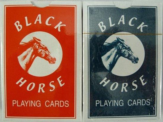 Afbeelding van het spel Speelkaarten plastic Black Horse 10pak