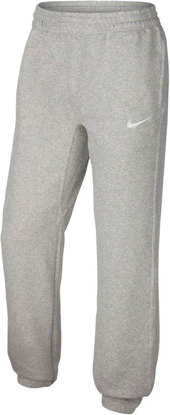 a807724131f bol.com | Nike Team Club Cuffed - Sportbroek - Heren - Grijs - Maat M
