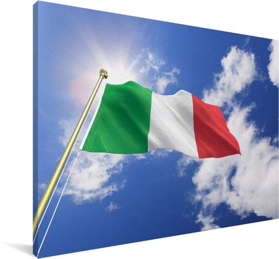 De vlag van Italië wappert in de lucht Canvas 140x90 cm - Foto print op Canvas schilderij (Wanddecoratie woonkamer / slaapkamer)