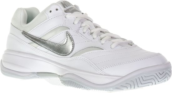 pretty nice 1c1ae 63607 Nike Court Lite Tennisschoenen - Maat 40.5 - Vrouwen - witzilver