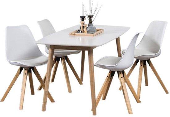 Moderne Witte Stoelen.Eethoek Player Wit Set Tafel Met Vier Stoelen