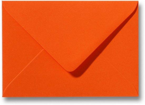 Envelop 15,6 x 22 cm Donkeroranje 60 stuks