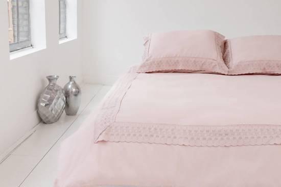 Licht Roze Dekbedovertrek : Bol nightlife dekbedovertrek brodery lace soft pink
