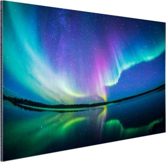 Noorderlicht met reflectie Aluminium 90x60 cm - Foto print op Aluminium (metaal wanddecoratie)