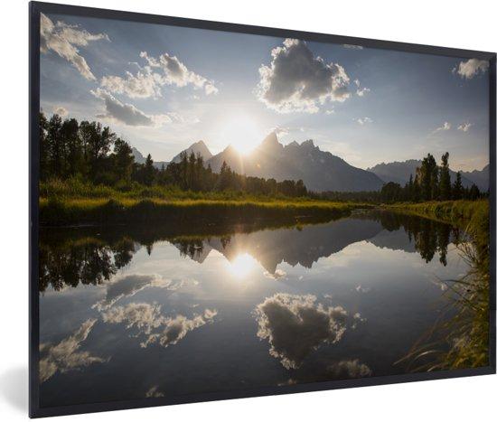 Foto in lijst - Ondergaande zon achter het Tetongebergte in Wyoming fotolijst zwart 60x40 cm - Poster in lijst (Wanddecoratie woonkamer / slaapkamer)
