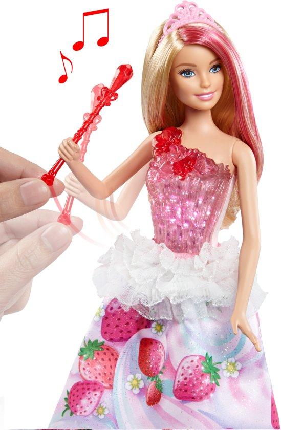 Barbie Dreamtopia Koninkrijk Zoethuizen Prinses - Barbiepop
