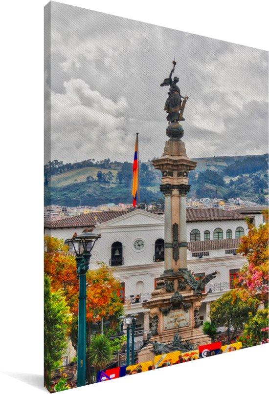 Wolken boven de stad Quito in Ecuador Canvas 120x180 cm - Foto print op Canvas schilderij (Wanddecoratie woonkamer / slaapkamer) XXL / Groot formaat!
