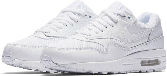 Chaussures Nike Blanches À 40,5 Pour Les Femmes