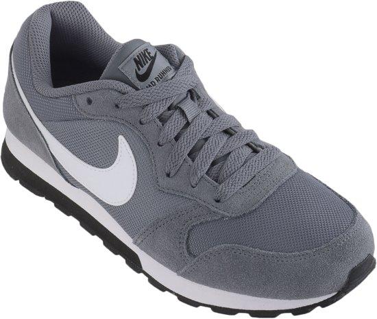 Nike Md Runner 2 Bg Jongens Sneakers - Cool Grey/White-Black - Maat 37.5