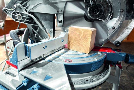 Bosch Professional GCM 12 JL Afkortzaag - Met Trekfunctie - 2000 Watt