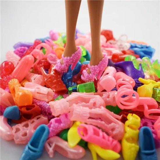 Poppenkleertjes - Geschikt voor Barbie - Set van 32 items - Jurkjes, schoenen, kettingen, brillen en handtassen - Barbie kleding - Complete outfit