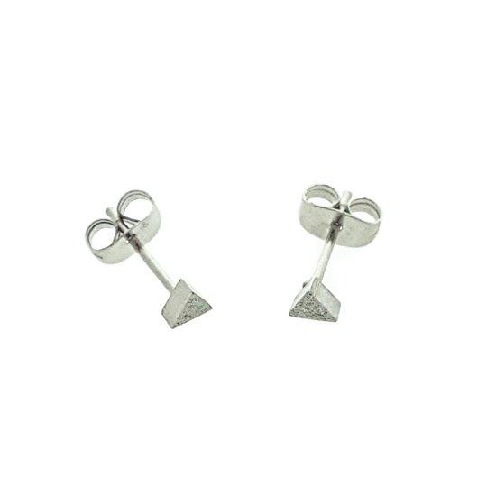 Stalen oorbellen gediamantiseerd driehoek 4mm