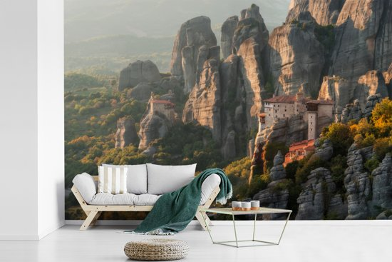 Fotobehang vinyl - Zonsopgang bij de Meteora kloosters in Griekenland breedte 360 cm x hoogte 240 cm - Foto print op behang (in 7 formaten beschikbaar)