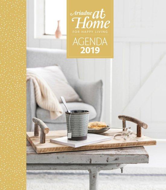 Ariadne at home agenda 2018 for Magazine ariadne at home