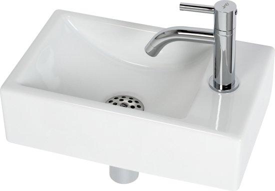 Goedkope Fontein Toilet.Plieger Austin Fontein Toilet Rechts Set Fontein 37 X 23 Cm Inclusief Fonteinkraan En Sifon Keramiek Wit